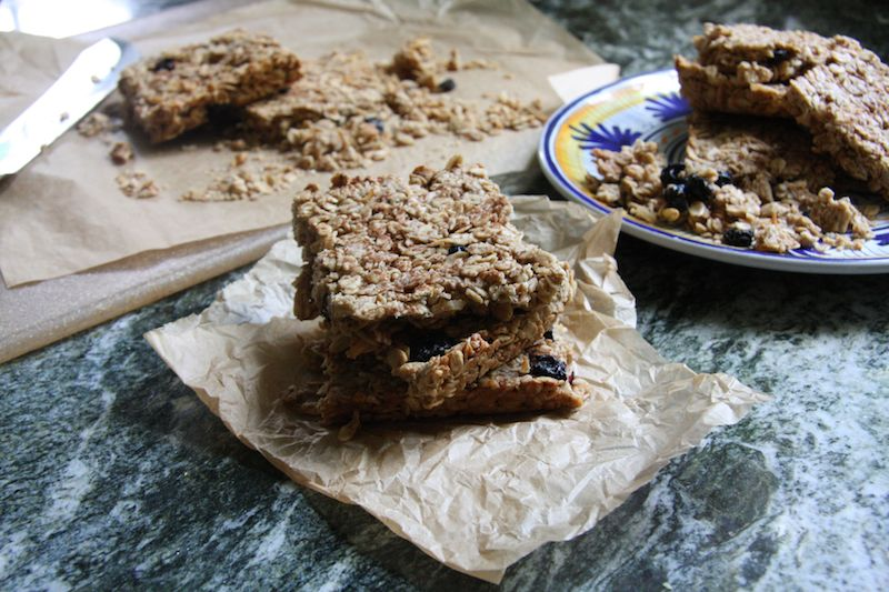 Crunchy Sun Butter Granola Bars with Hemp Seeds I 24 Carrot Life