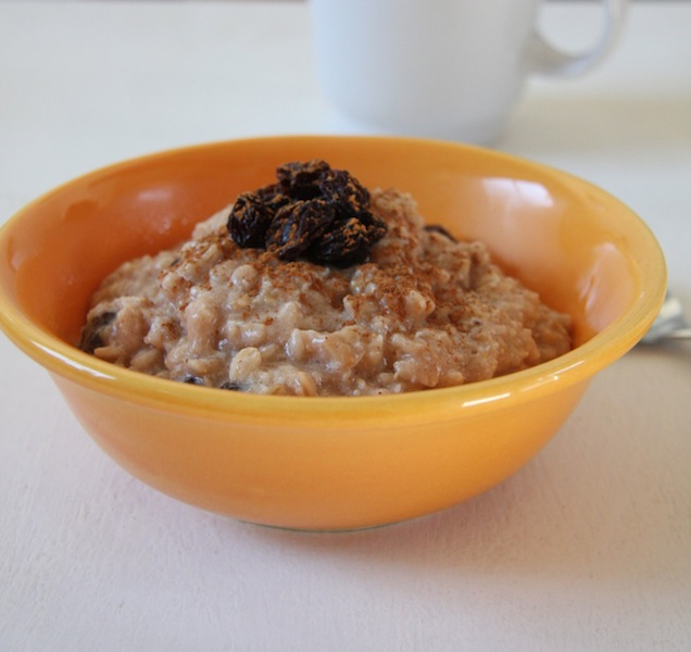 CINNAMON-RAISIN OATMEAL -- BREAKFAST RECIPE
