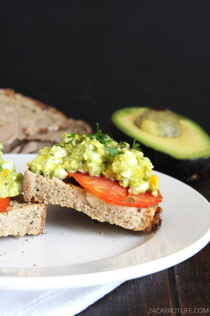 toast with mashed whole grain toast with mashed onsen egg avocado ...